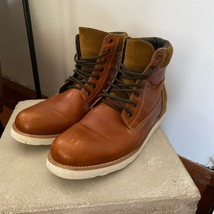 Men's brown boots from Express